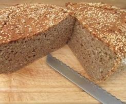 Saftiges Roggen-Dinkel Brot