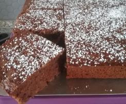 Variation Schoko-Zucchini-Blechkuchen für den großen Ofenzauberer von Pampered Chef