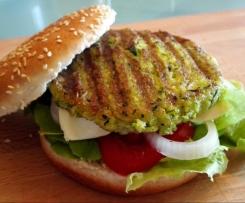 superschnelle Zucchini-Patties für Burger
