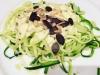 Zucchini-Nudeln mit Frischkäsesoße (Low Carb)