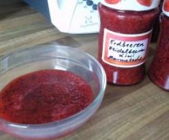 Erdbeeren-Heidelbeeren-Kiwi Marmelade
