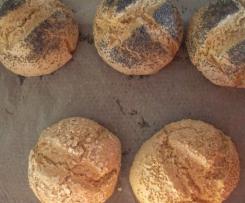 Dinkel-Weizenbrötchen schnell gemacht