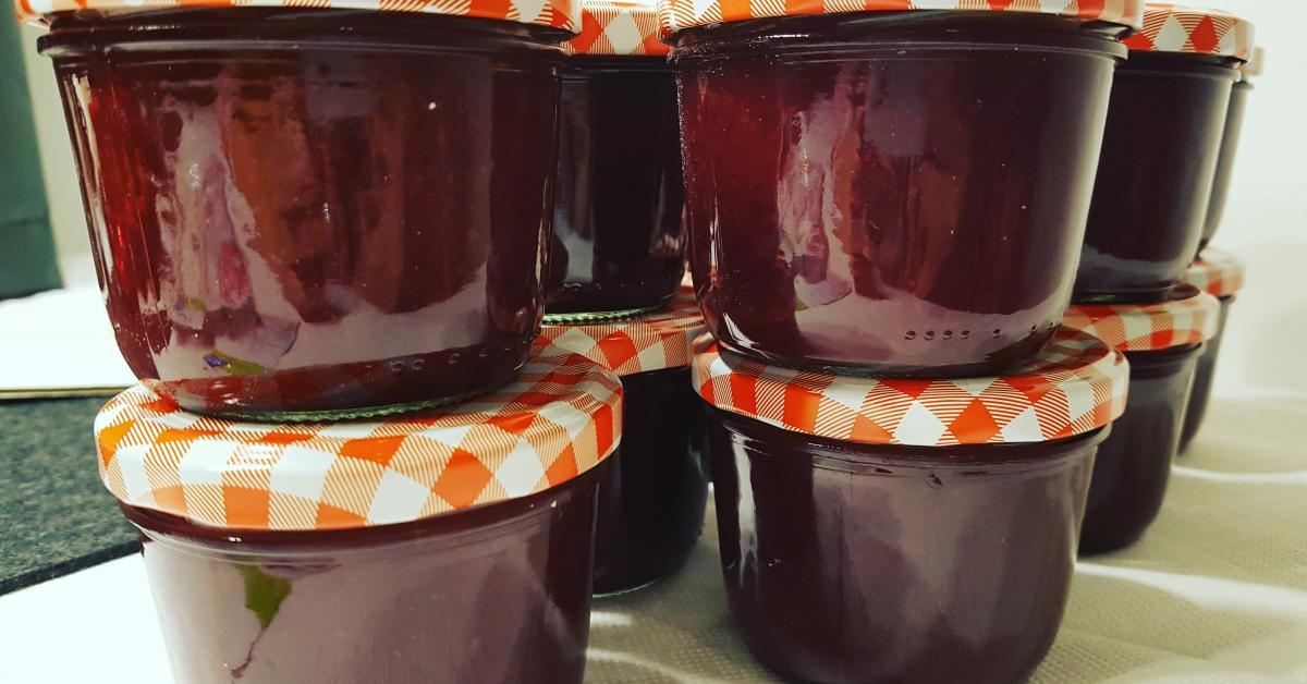 Glüh-Kirsch-Marmelade - ein perfektes Weihnachtsgeschenk von ...