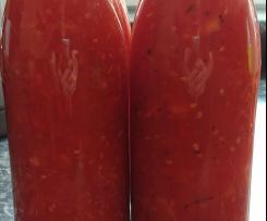 Tomatensosse eingekocht