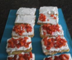 Erdbeer-Waffelschnitten