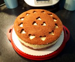 Eierlikör-Kirsch-Torte