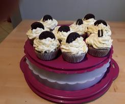 Oreo cupcakes mit Keksfüllung