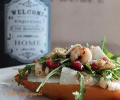 Süßkartoffel mit Shrimps und Rucola
