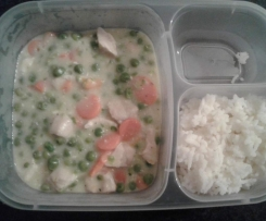 Frikassee mit Erbsen & Möhren und Reis (All-in-one)