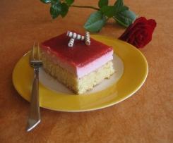 Erdbeerkuchen - Blechkuchen super fluffig !!