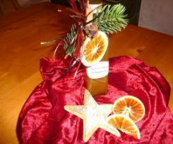 Weihnachtlicher Orangenlikör