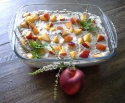 Herrencreme mit Früchten