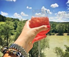 Erdbeer-Sekt-Cocktail