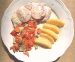 Mediterranes Schnitzel mit Gemüse und Rosmarinkartoffeln