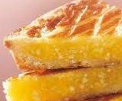 Butterkuchen mit Ingwer in Sirup