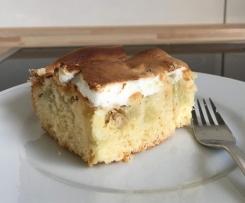 Rhabarberkuchen vom Blech mit Baiser