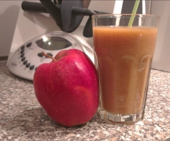 Smoothie mit Apfel und Quitte