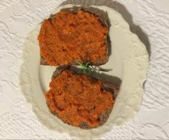 Karrotten-Tomaten-Brotaufstrich Vegan