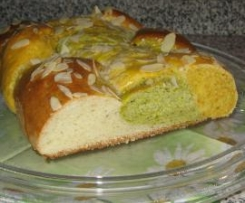 Karfreitags-Brot (Hefezopf 3-farbig)