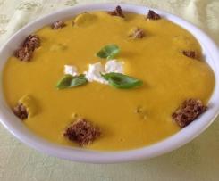Gemüse-Creme-Suppe (m. Möhre)