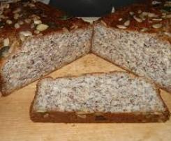 Eiweißbrot (Resteverwertung) Kohlenhydratames Brot nicht trocken (m. orig.)