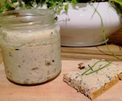 Kräuter-Zucchini Brotaufstrich