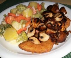 Gemüse mit heller Soße, Kartoffeln, Schnitzel und Champignons