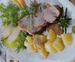 Filets mit Apfel-Zwiebel-Sauce