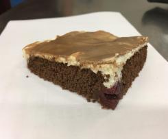 Schoko- Kirschkuchen mit Vanille-Creme