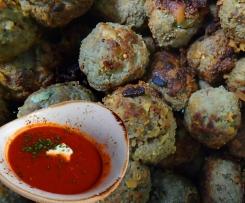 Fleischbällchen (Mini-Frikadellen) - türkische Art (Köfte / Paprika / Joghurt)