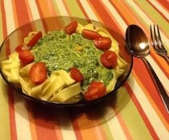 Variation Spinat-Käse-Soße
