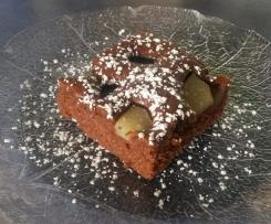 Schneller Schoko-Blechkuchen mit Obst