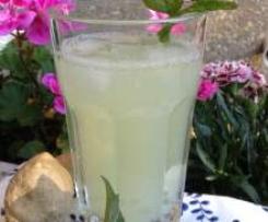 Erfrischende Ingwer-Limetten-Limonade