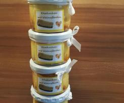 Käsekuchen mit Walnußboden im Glas