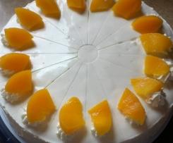 Pfirsich-Joghurtcreme-Torte -- Variation von Holunder-Joghurtcreme-Torte