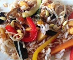 Gemüse, süß-sauer mit Reis