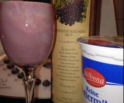 Holunder-Buttermilch-Likör