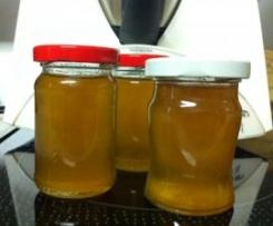Variation von Apfel-Holunderblüten-Gelee (für Prosecco-Resteverwertung)