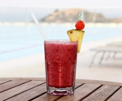 sommerlicher Fruit Smoothie