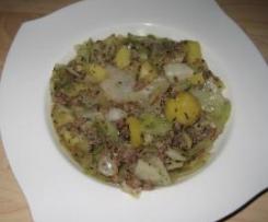 Weißkohleintopf mit Lammhack
