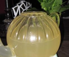 frischer Zimt-Ingwer Tee warm oder gekühlt für den Sommer