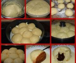 Süße Dampfnudeln mit Vanillesauce