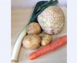 """Kartoffelsuppe """"alles in Einem"""""""
