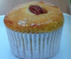 Pekannuss-Muffins mit Ahornsirup