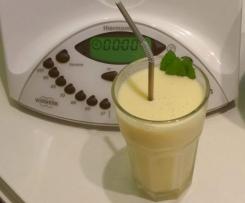 Erfrischendes Mango Lassi