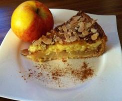 Bratapfelkuchen mit Zimt - Marzipan