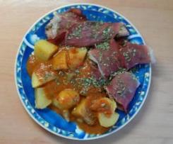 Geflügelfilets mit Balsamico-Tomaten-Sauce und Kartoffeln
