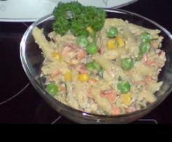 Ricotta-Nudelsalat mit viel Gemüse (schön bunt)