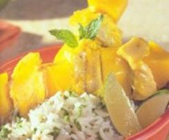 Geflügelspieße mit Mango und Honig-Limetten-Sauce