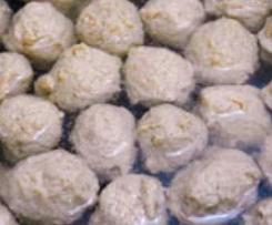 Thai Fleischbällchen für Suppen und Salate